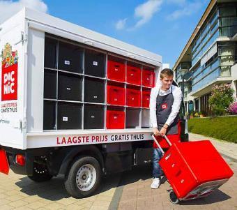 Lieferung von Lebensmitteln mit Elektro-Vans