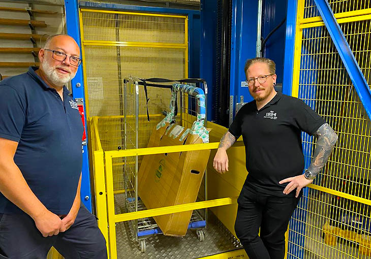 Patrik Brandt (left) and Morgan Andersson (right) with the space saving goods lift MDL-I