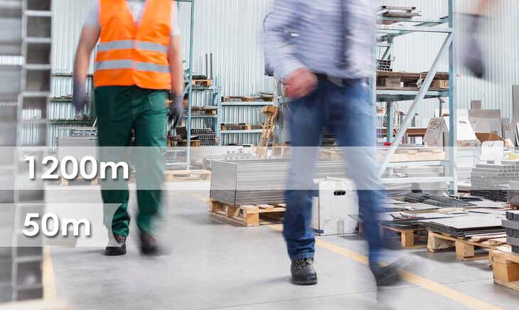 La distance parcourue par les employés pour construire une table élévatrice réduite de 1200 m à 50 m